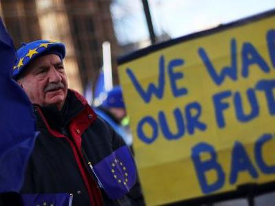 British people would rather stay in the EU than accept a no-deal Brexit
