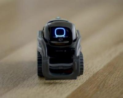 Anki Vector robot will become more useful with Alexa next week