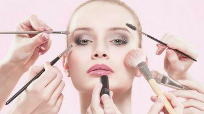 Proper Makeup Routine Guide | What Goes First?