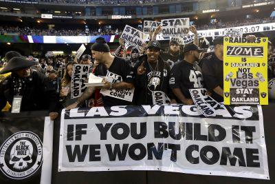 Raiders officially the latest NFL team trying to ditch home fans