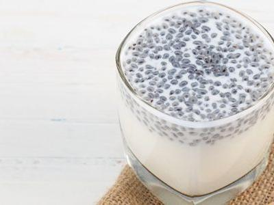 How to Eat Chia Seeds: Whole, Ground, Soaked or Raw?