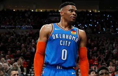 Russell Westbrook traded to Rockets for Chris Paul: reports