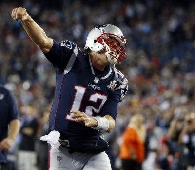 Brady snags NFL record for most Player of the Week honors