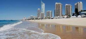 Cyclone Oma: Surfers Paradise Beach and Nobby Beach closed as storm intensifies