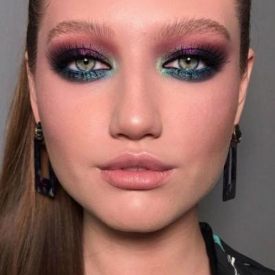Long-Lost Makeup Twins and Midweek Makeup Inspiration With Smoke and Glitter
