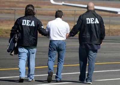 DEA agents posed as leftist Colombian guerrillas to catch an international arms trafficker