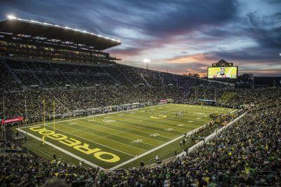 Oregon football players hospitalized after intense workouts, report says