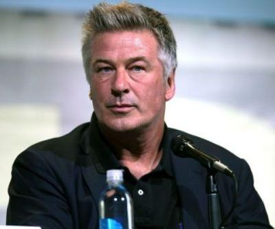 Alec Baldwin Being Arrested At 2017 Emmys For Threatening Donald Trump Is Fake News