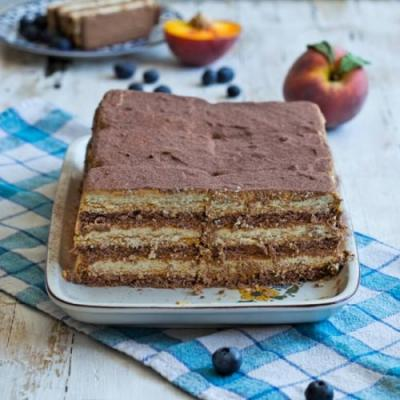 Icebox Cake with Dulce de Leche