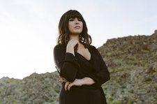 Emily Warren Talks Debut Album, Making an 'Impact' With 'New Rules' & Clicking With The Chainsmokers