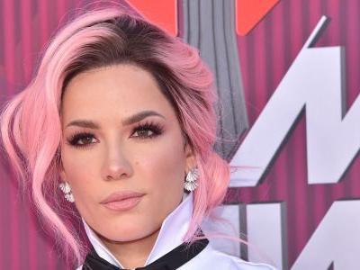 Close Call! Halsey Almost Suffers Major Wardrobe Malfunction During iHeartRadio Awards Performance