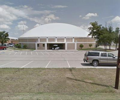 15-year-old girl wounded in shooting at Texas high school