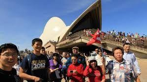 Chinese and Indian tourists to Australia rise to record heights