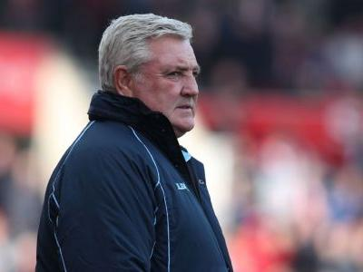 Bruce confirms Newcastle talks over manager role
