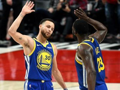 Stephen Curry, Draymond Green become first teammates ever to record triple-double in same playoff game