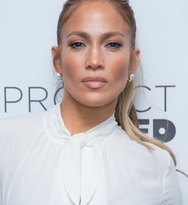 J.Lo's Makeup Artist Told Us His Most Surprising Beauty Tricks
