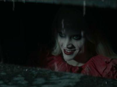 SNL Compares Kellyanne Conway To Pennywise in IT Parody