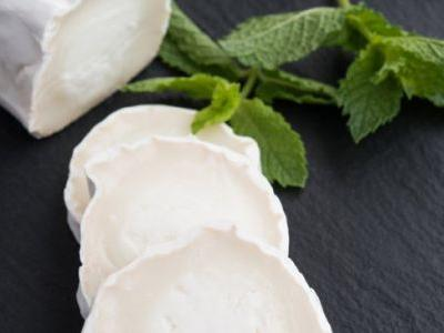 6 Goat Cheese Benefits, Nutrition Facts & Recipes