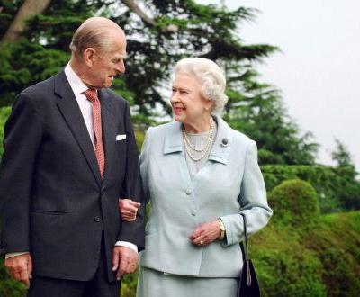 The Queen and Prince Philip still share a special touch and knowing looks after 71 years of marriage - here's what the body language experts say about them
