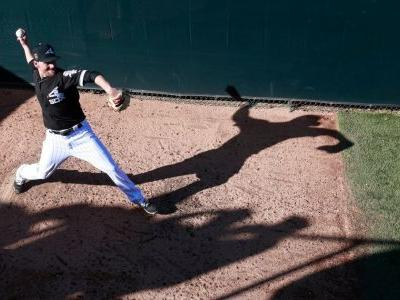 White Sox reliever suffers brain hemorrhage during game