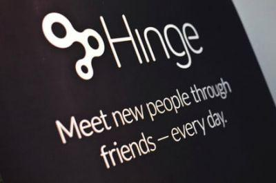 You can now swipe left or right on videos thanks to Hinge's latest feature