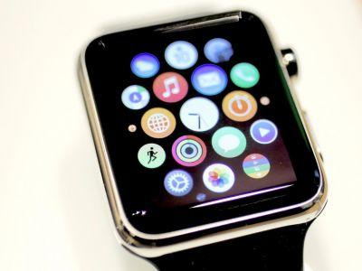 Apple will reportedly release an Apple Watch with its own internet connection by the end of the year