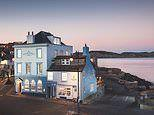 A review of the Rock Point Inn - a pub with rooms in Lyme Regis, which sits on the Jurassic Coast