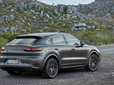 Porsche Cayenne Coupe shown off on video