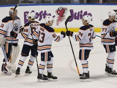 McDavid notches goal, 2 assists as Oilers rally past Panthers