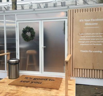 Facebook hosted a pop-up event in New York City for 1 day only to teach people about privacy. Here's what it was like to visit