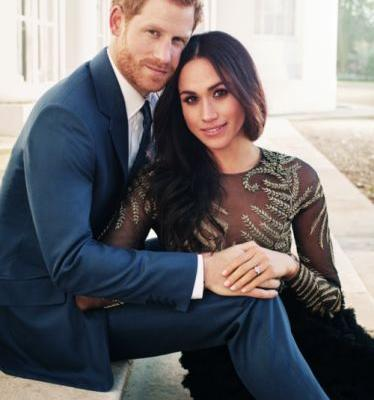 Prince Harry and Meghan Markle Can't Stop Posing on