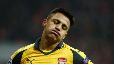 'Back in London!' - Alexis Sanchez returns to Arsenal amid intense Man City and PSG interest
