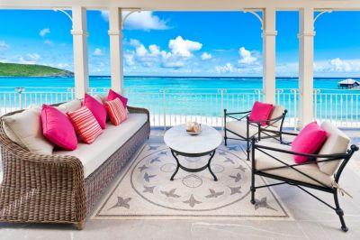 Ultra-luxe Pink Sands Club, Canouan, entices travelers