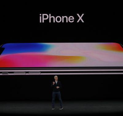 Here are big, beautiful photos of the iPhone X