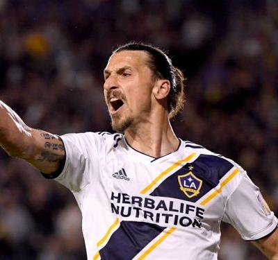 FIFA 18 Ultimate Team of the Week: Ibrahimovic & Davies star in latest XI