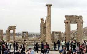Iran sees $330 million losses in tourism industry