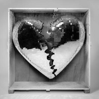 """Mark Ronson - """"Don't Leave Me Lonely"""""""