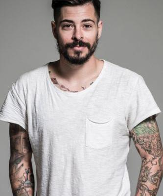Aloxxi Artist Michael Dueñas Shares His Best Hair Cutting Tip and Go-to Product