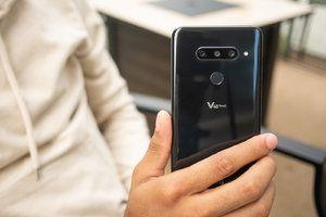 T-Mobile to roll out Android 9.0 Pie update to the LG V40 ThinQ soon