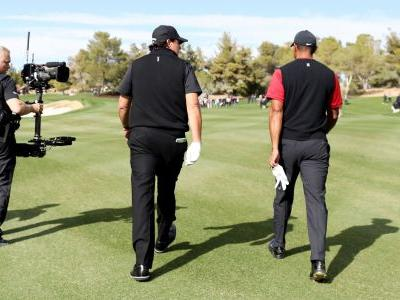 Tiger Woods vs. Phil Mickelson: Turner now giving match away for free due to streaming problems