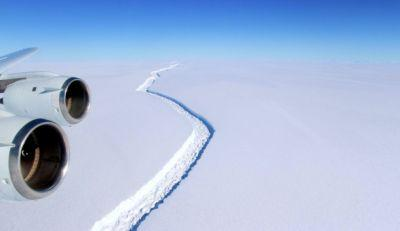 Colossal crack in Antarctica ice shelf about to drop state-sized iceberg into the ocean