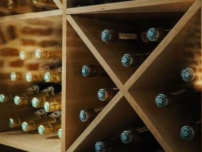 How to Buy Aged Wines