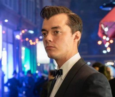 First Photo Of Jack Bannon As Alfred Pennyworth Released