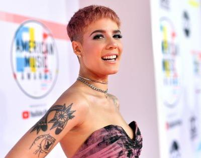Halsey's Tweet Asking Fans What Color She Should Dye Her Hair Actually Worked