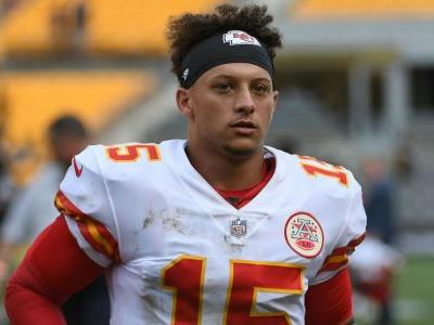 Stepfather of Patrick Mahomes' girlfriend collapses, dies at Chiefs game