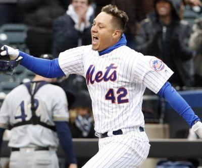 This time Wilmer Flores is the hero as Mets dramatically walk off