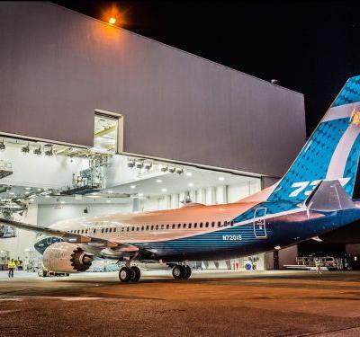 Here's how much Boeing is estimated to make on each 737 MAX 8 plane