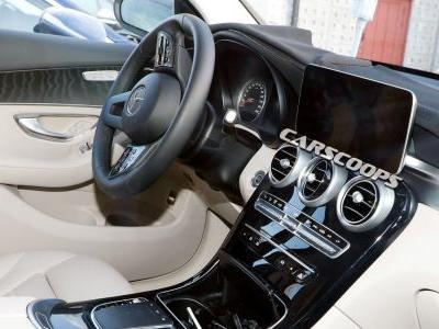 Take A Look Inside The Updated 2019 Mercedes-Benz GLC