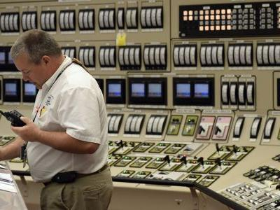 US security officials say Russian hackers could shut down nuclear power plants and electric facilities in America