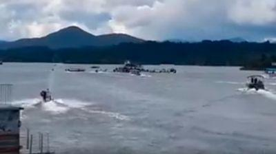 At least 3 dead, 30 missing after crowded tourist boat sinks in Colombia